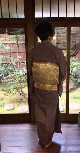 新年会のお客様・お洒落な道中着に汕頭刺繍訪問着。_f0181251_18274677.jpg