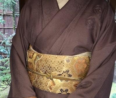 新年会のお客様・お洒落な道中着に汕頭刺繍訪問着。_f0181251_18290205.jpg