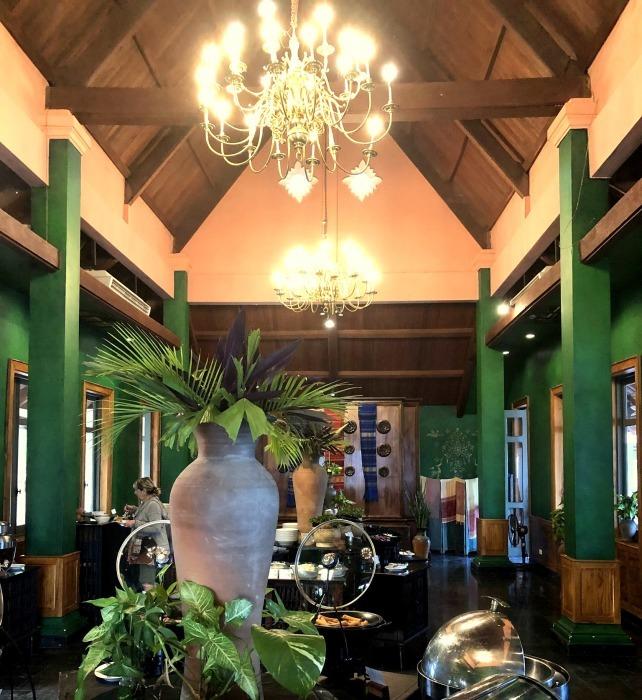 ラオスの旅 25  ルアンパバーンのホテル The Grand Luang Prabang_a0092659_22103307.jpg
