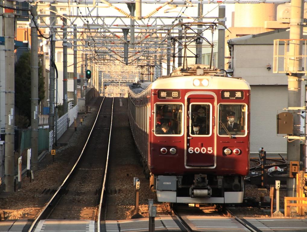 阪急6000系 6005F 前照灯電球ライト_d0202264_10522797.jpg