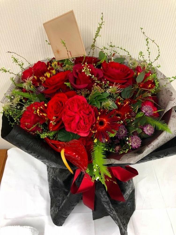 バレンタインデーの花束_a0152501_16171419.jpg