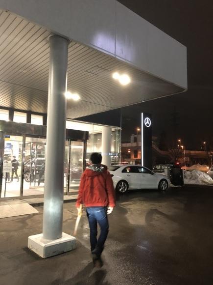 2/14(金)本店ブログ ハイエース5ドアバン3.0DT スーパーGLロング 4WD あります!! ランクル ハイエース ハマーならTOMMY_b0127002_19441674.jpg