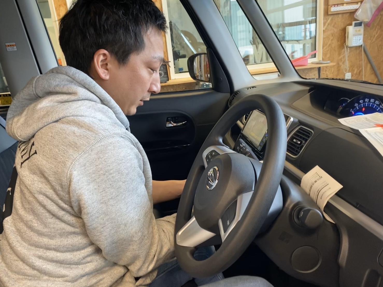 2/14(金)本店ブログ ハイエース5ドアバン3.0DT スーパーGLロング 4WD あります!! ランクル ハイエース ハマーならTOMMY_b0127002_20071124.jpg