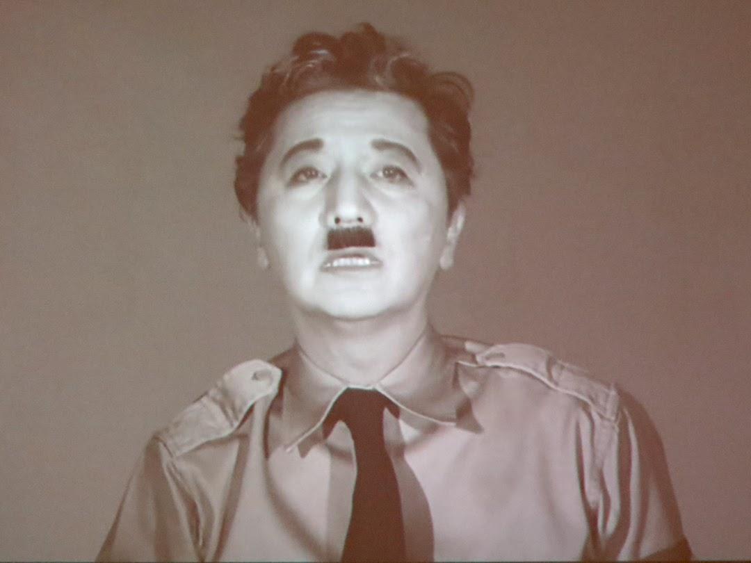 独裁者になるな 政権を独裁者に委ねるな、森村泰昌映画 フォリンニョ_f0234936_736353.jpg