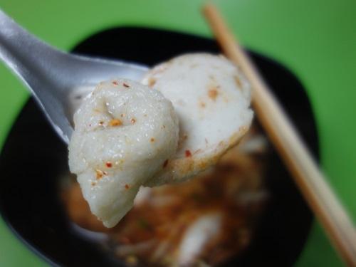 センプラートムヤムを食べたら練り物尽くしだった件_c0030645_01104293.jpg