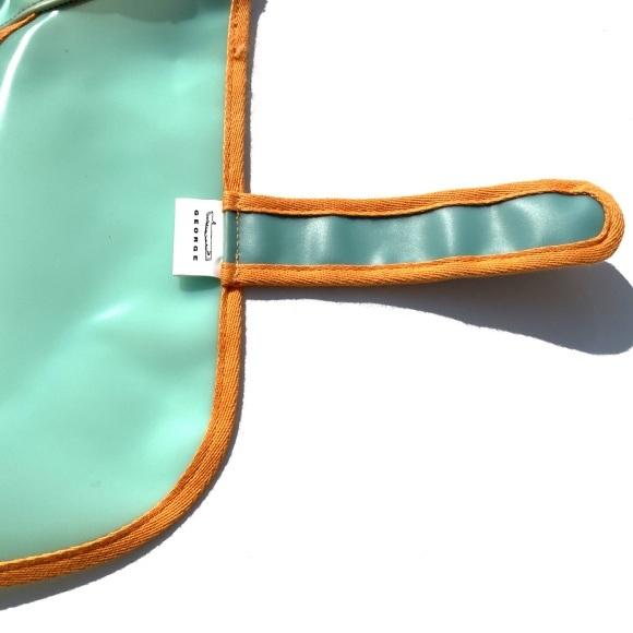 GEORDE frosted jelly raincoat ジョージ フロステッド ゼリー レインコート_d0217958_17442568.jpeg