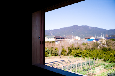 200114 MIHAMA window_b0129659_17305290.jpg