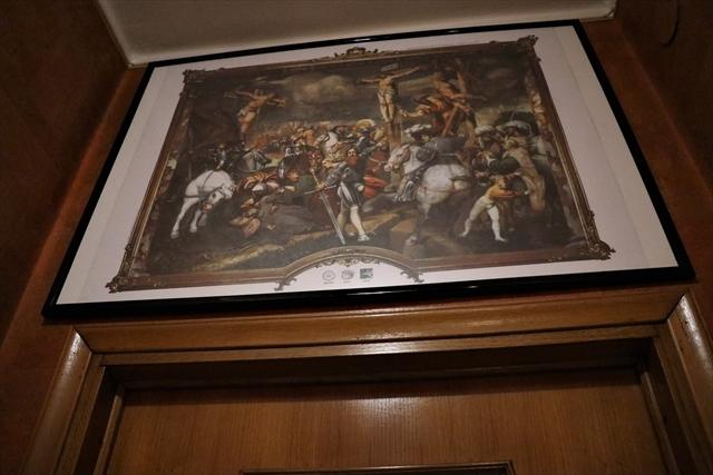 大聖堂の絵画と、次回作ヴァイオリン_d0047461_06494517.jpg