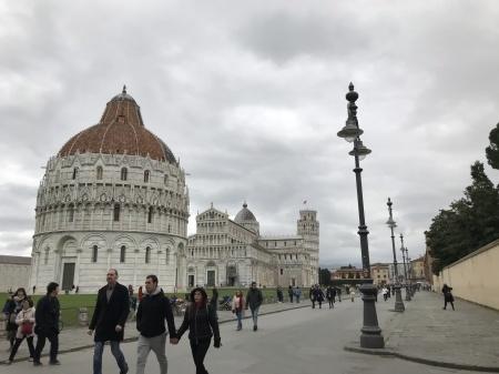 3ユーロでピサの『奇跡の広場』を上から眺める(前編)_a0136671_03370653.jpeg