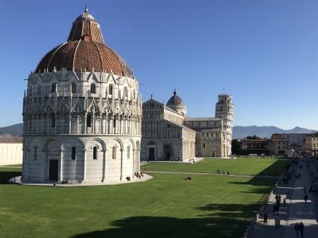 3ユーロでピサの『奇跡の広場』を上から眺める(前編)_a0136671_03441454.jpeg