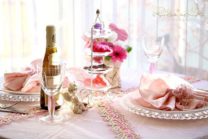 バレンタインデーのテーブルコーディネート_f0306287_00493775.jpg