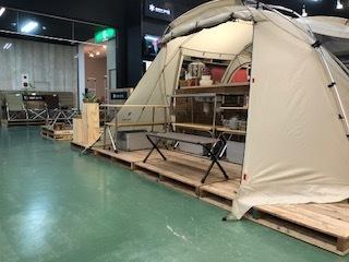 今年のsnowpeakコーナーの初張りはこのテントです!!_d0198793_18405462.jpeg