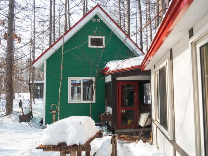 厳寒期の2月なのに・・記録的な暖かさで雪解けが進みます。_f0276498_20000345.jpg
