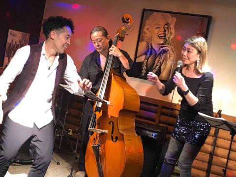 広島 ジャズライブカミン  Jazzlive Comin 本日土曜日のライブ_b0115606_12215616.jpeg