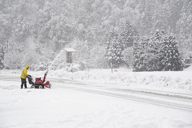 寒波到来!待望の雪景色@美山茅葺きの里 其の二_f0032011_16191035.jpg