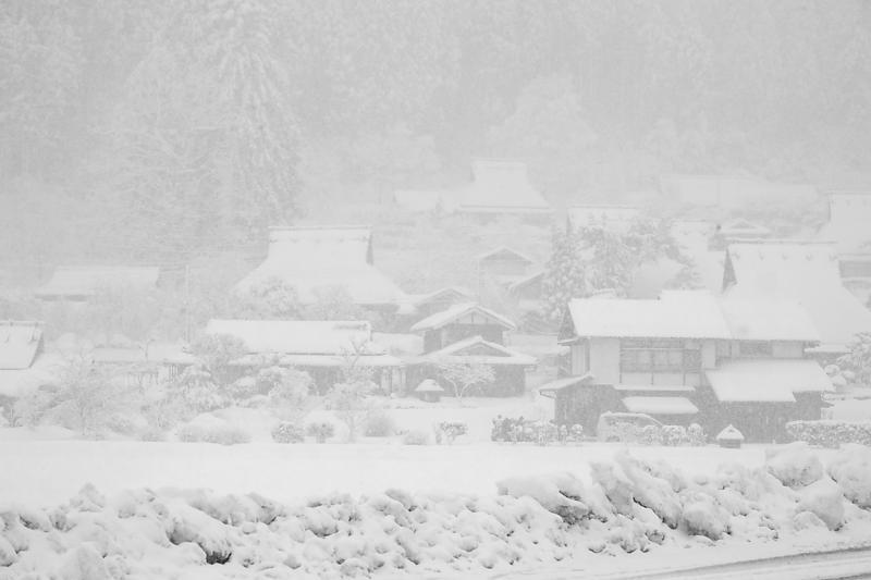 寒波到来!待望の雪景色@美山茅葺きの里 其の二_f0032011_16253787.jpg