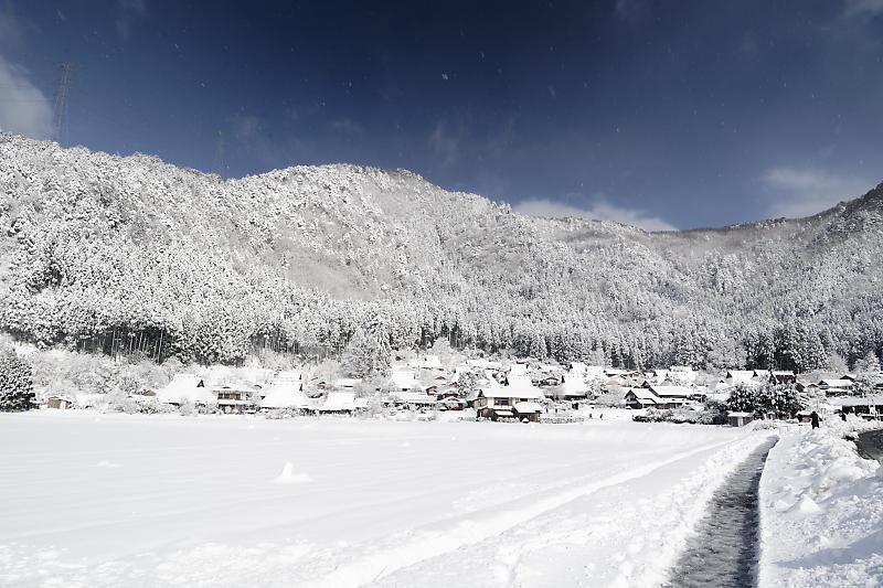 寒波到来!待望の雪景色@美山茅葺きの里 其の二_f0032011_16382611.jpg