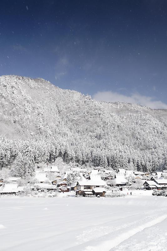 寒波到来!待望の雪景色@美山茅葺きの里 其の二_f0032011_16382654.jpg