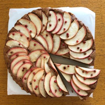 スパイスとりんごのケーキ_b0102217_14255027.jpg