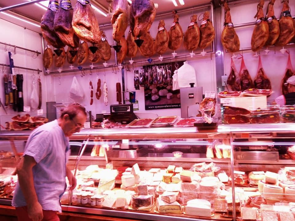 2019バレンシア&バルセロナの旅⑤ 市場と世界遺産_b0305039_05091938.jpg