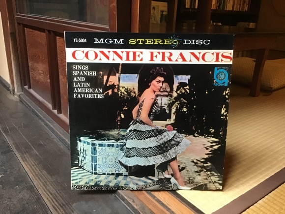 sings spanish and latin american favorites / connie francis_e0230141_20483359.jpeg