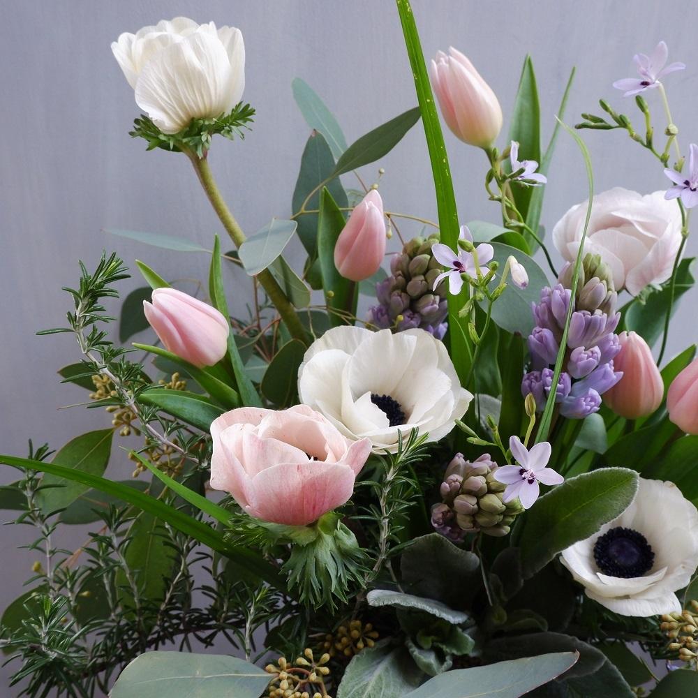 オークリーフ(チューリップと球根切り花のアレンジメント)_f0049672_20261186.jpg