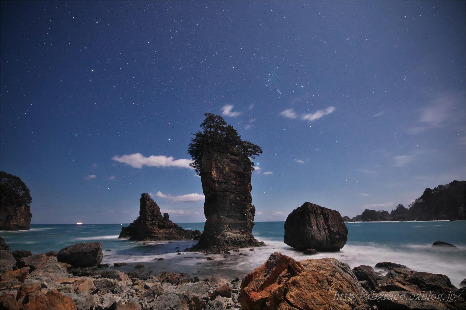 航海薄明の三王岩_b0191074_21125191.jpg