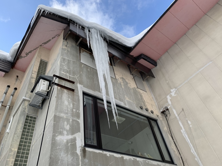 巨大な氷柱!_b0185375_22242697.jpeg