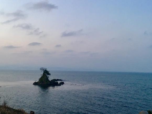女岩(めいわ・伏木地区・高岡市富山県)_d0339676_19003312.jpg