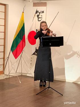 バイオリンとワインの夕べ、そして、、、、_f0071480_18013195.jpg