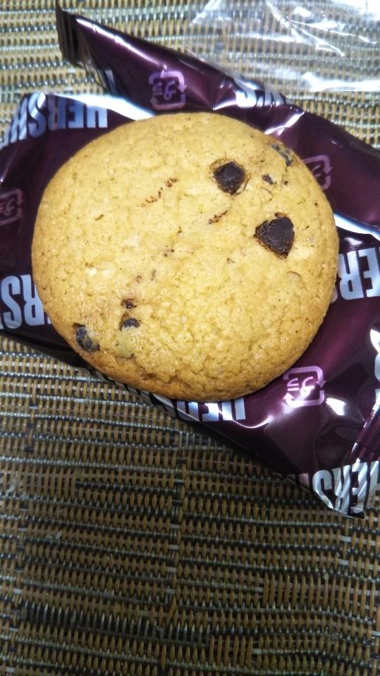 ハーシーズ チョコチップクッキー_f0076001_23435579.jpg