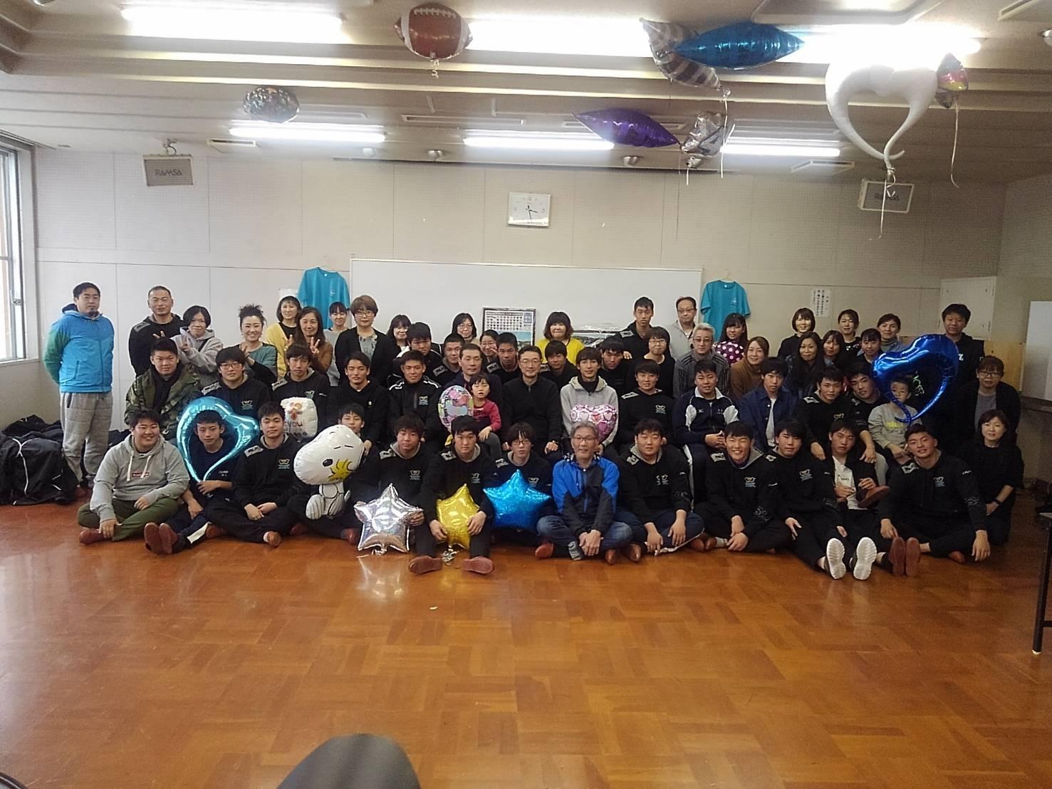卒部試合&3年生慰労会_c0095835_21280555.jpg