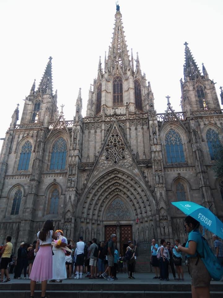 2019バレンシア&バルセロナの旅⑦ 5年ぶりのバルセロナ大聖堂とマトチーズ_b0305039_00453745.jpg