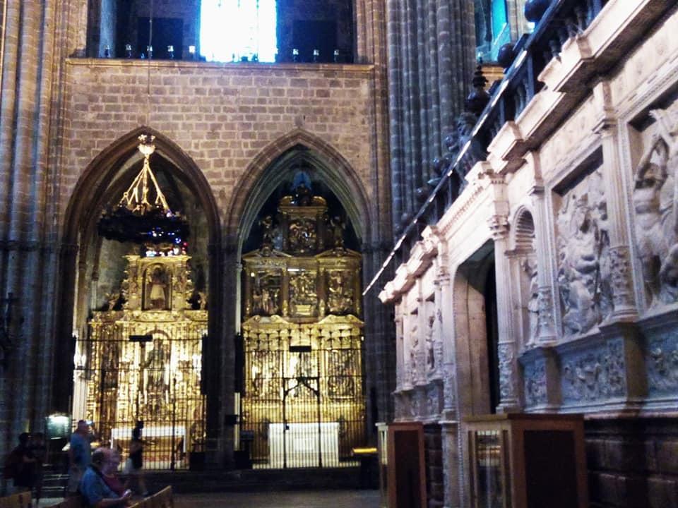 2019バレンシア&バルセロナの旅⑦ 5年ぶりのバルセロナ大聖堂とマトチーズ_b0305039_00571672.jpg