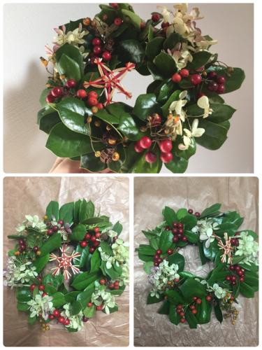【クリスマスホーリーのXmasリース】_c0184043_13154992.jpg