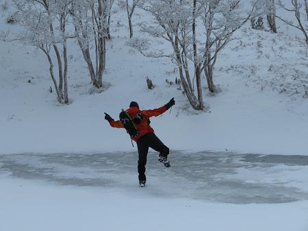 紺碧なお空の下で真っ白な雪山を楽しむ~【台高】2/11_d0387443_14130776.jpg