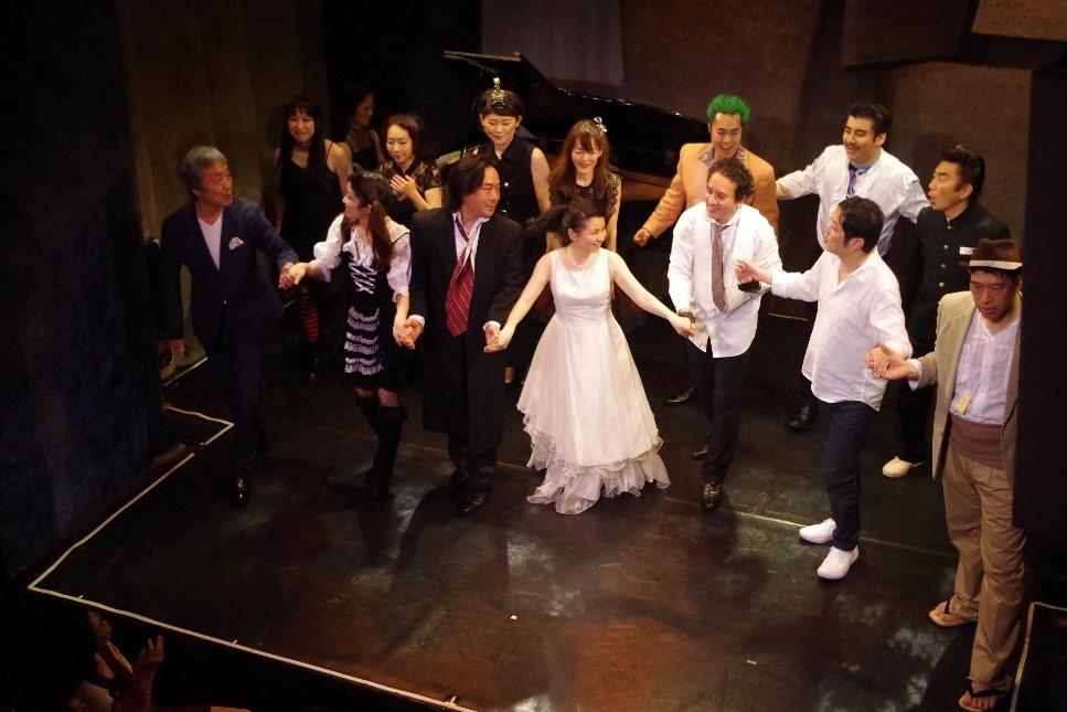 ミャゴラトーリ×岩田達宗第6弾 小劇場演劇的オペラ「愛の妙薬」_d0359551_22121628.jpg