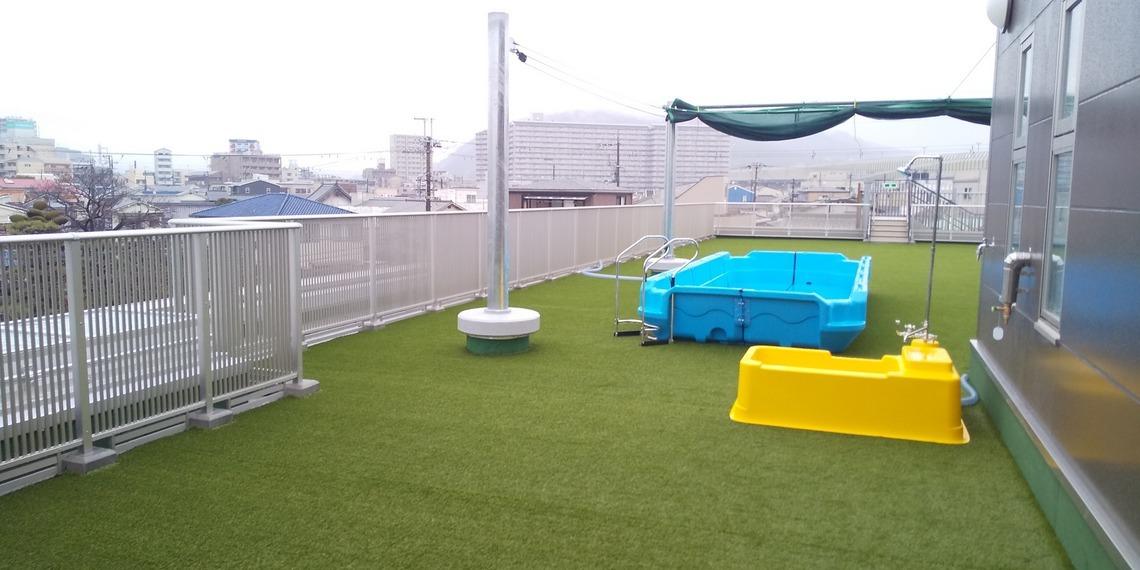 春の雨☔️地域のこども達が入園できますように😊_f0061067_22564482.jpg