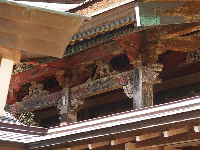 ついに猿田神社へ。森の力と、独特で不思議な世界・・・ (2/11)_b0006870_740138.jpg