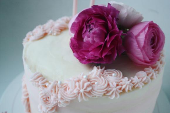 大人かわいい ケーキで、ハッピーバースデー!_d0339705_12254518.jpg