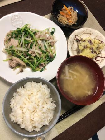 豚肉と豆苗の炒め物_d0235108_20170886.jpg