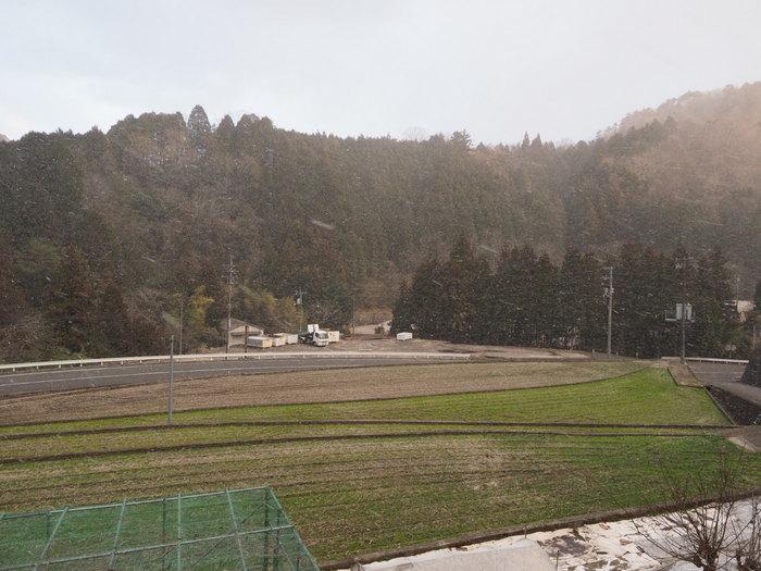雪が降る_c0116915_23090021.jpg