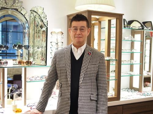 スタッフの新しいメガネ! その③_e0195325_18381373.jpg