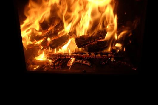新しい焚き付けの方法。_a0206732_20314639.jpg