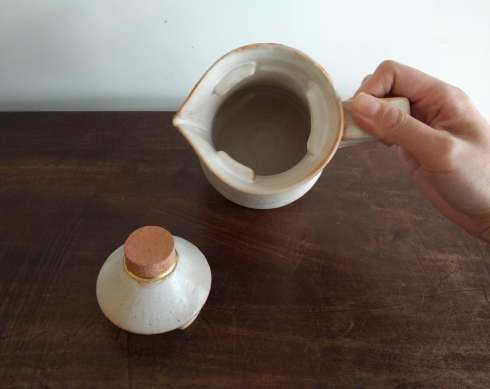 中田誠さんの陶器の展示が始まります_a0265743_22344868.jpg