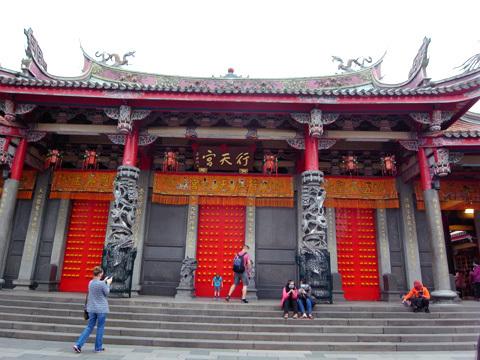台湾訪問録(3)~お寺回り_b0145843_00012079.jpg
