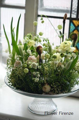 *生花のリースアレンジメント   *_e0159050_20005039.jpg