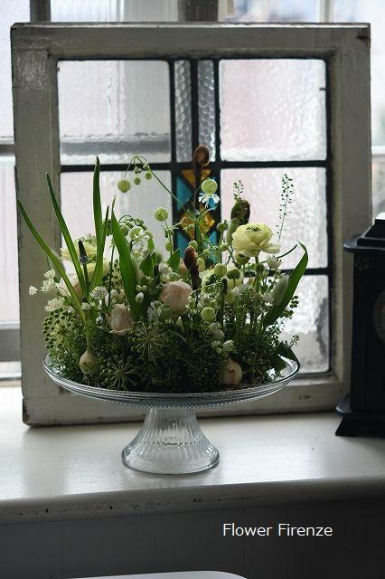 *生花のリースアレンジメント   *_e0159050_20011815.jpg