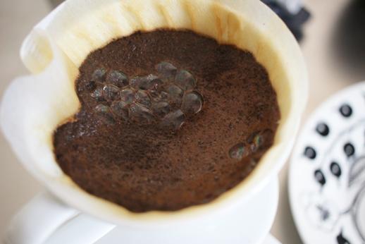 コーヒー豆とコーヒーメーカー_d0291758_2113684.jpg