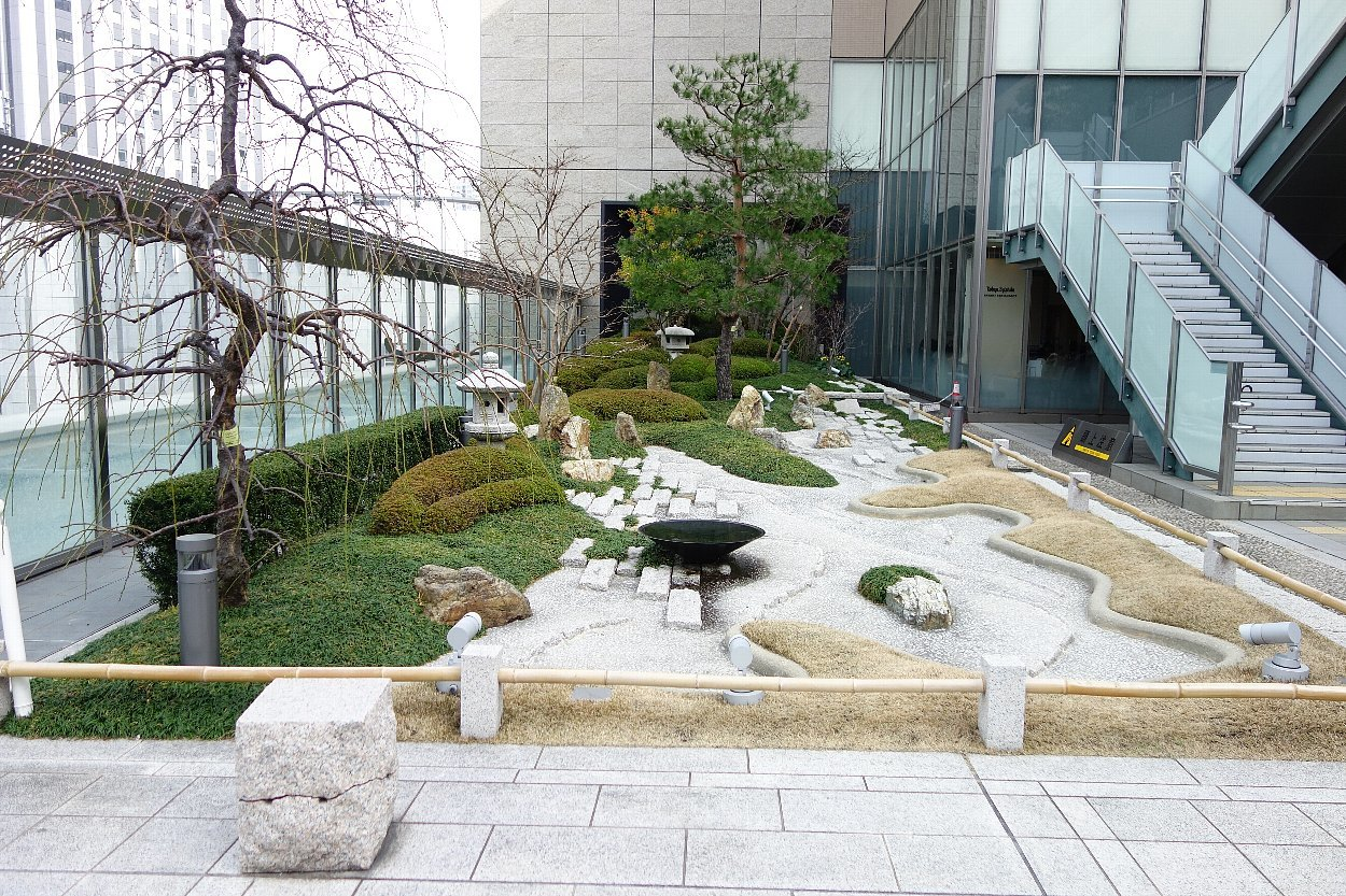 大阪ステーションシティ 和らぎの庭_c0112559_08151065.jpg